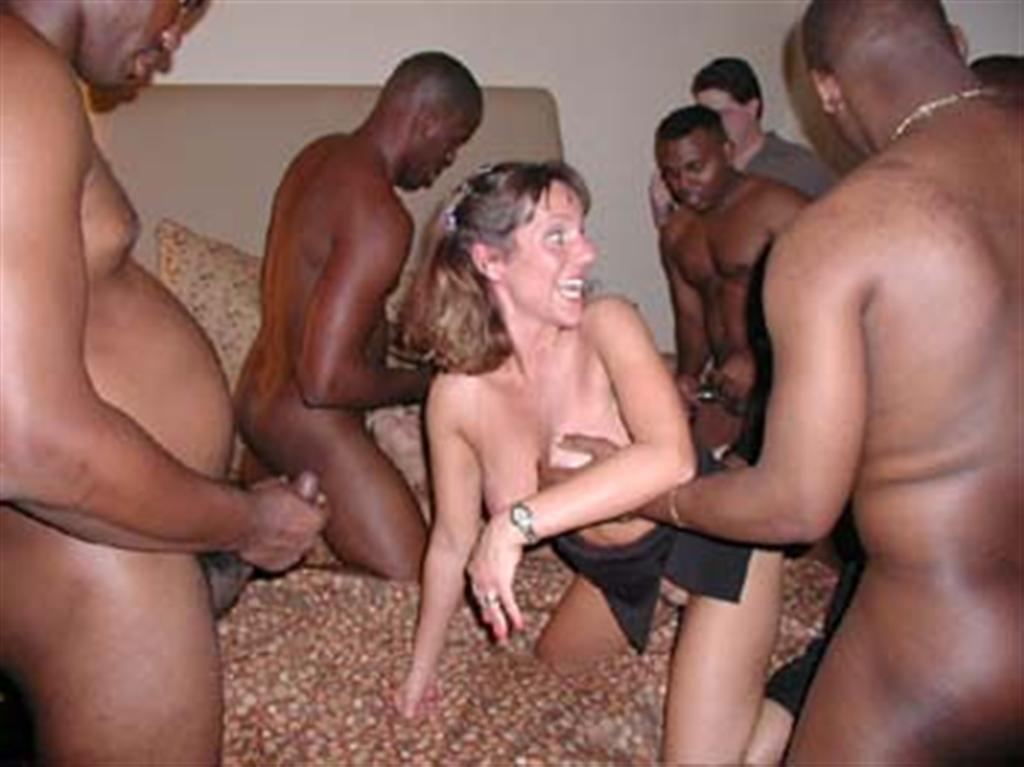 Interracial Group Porn 107